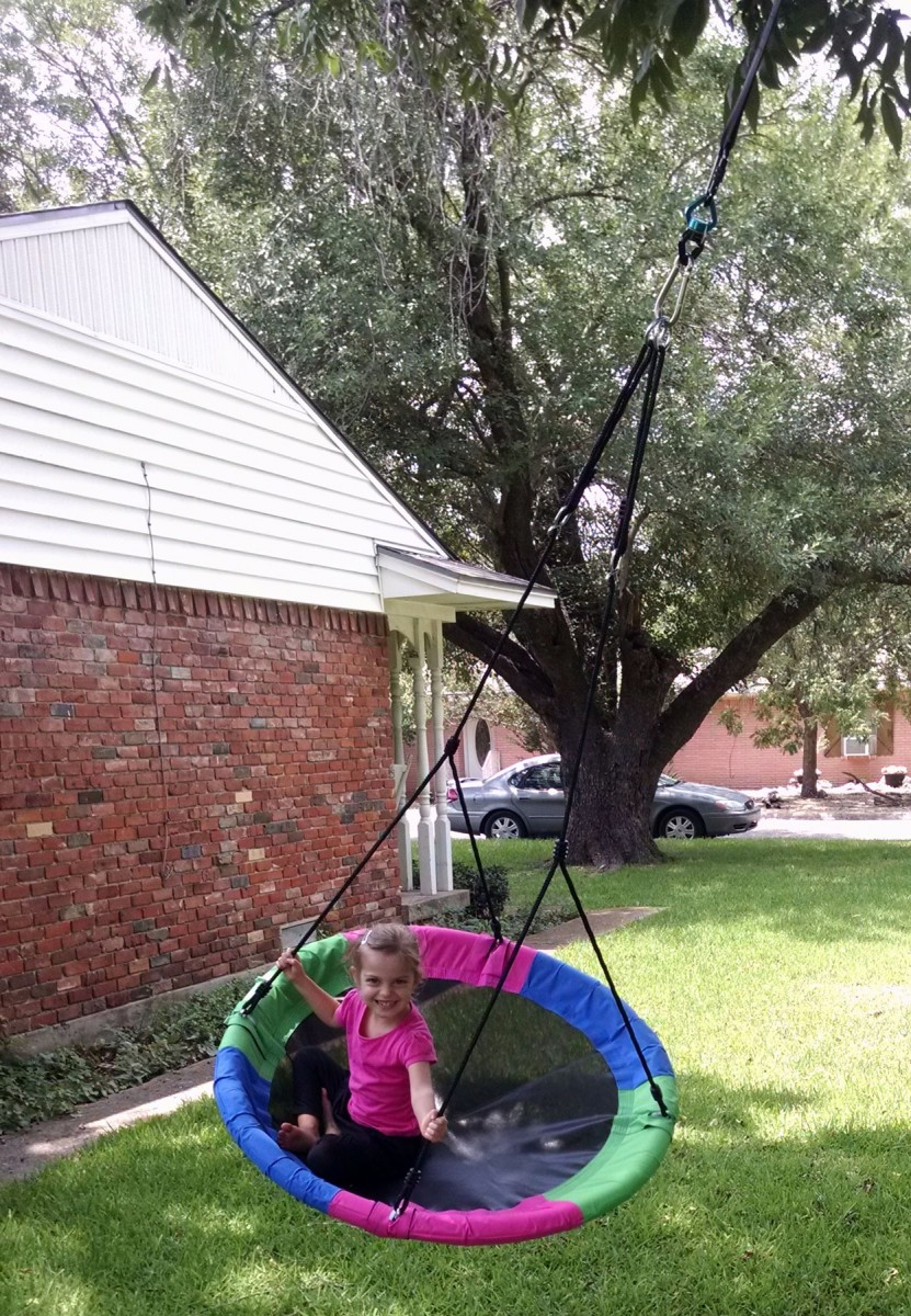 world 39 s best tree swing for kids and adults. Black Bedroom Furniture Sets. Home Design Ideas